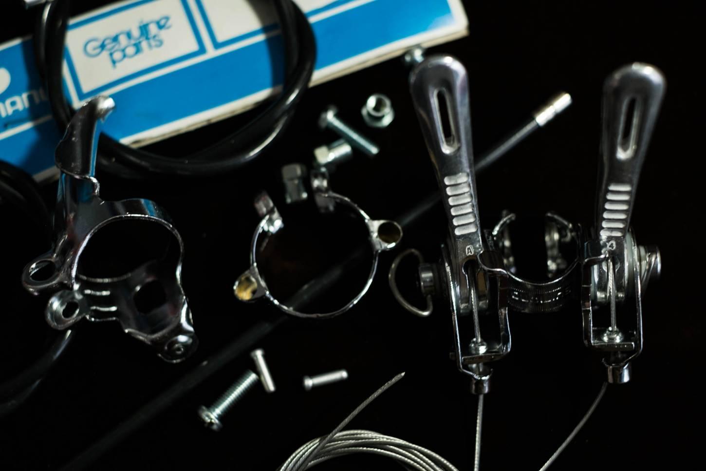 NOS Shimano Altus Centeron set leva del cambio per attacco manubrio + accessori bici da strada vintage
