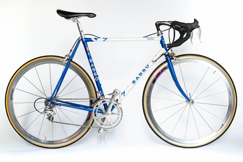 Bicicleta de carretera clásica Basso Loto con Campagnolo C Record + Campagnolo Shamal