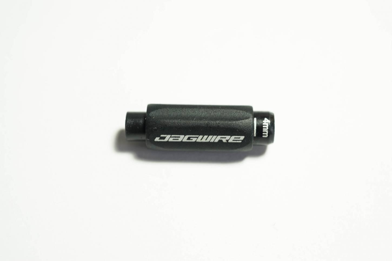 Jagwire Zugeinsteller Pro Indexed Inline Adjuster BSA054 Schaltung 4 mm schwarz