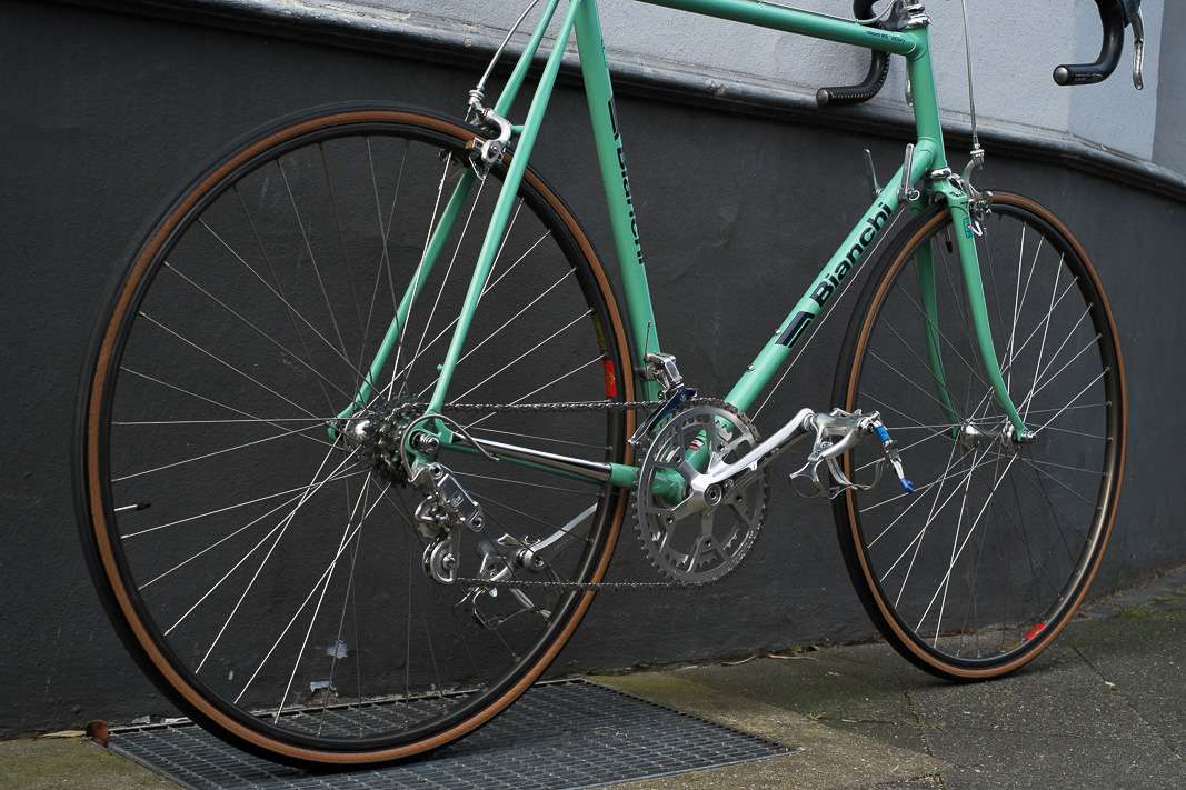 Bianchi_Record_915_Victory_Black_Rennrad_Klassik_Bike_03