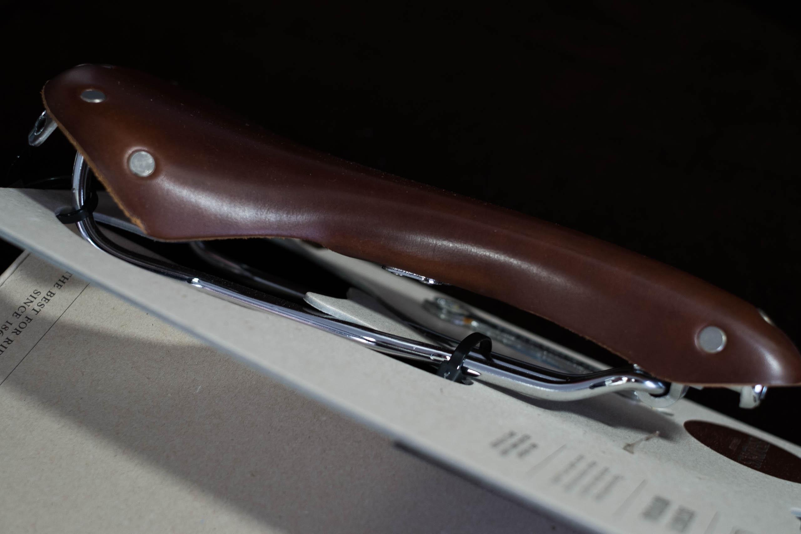 brown honey* Brooks B15 Swallow Chrome Sattel Kernleder Unique Saddle *black