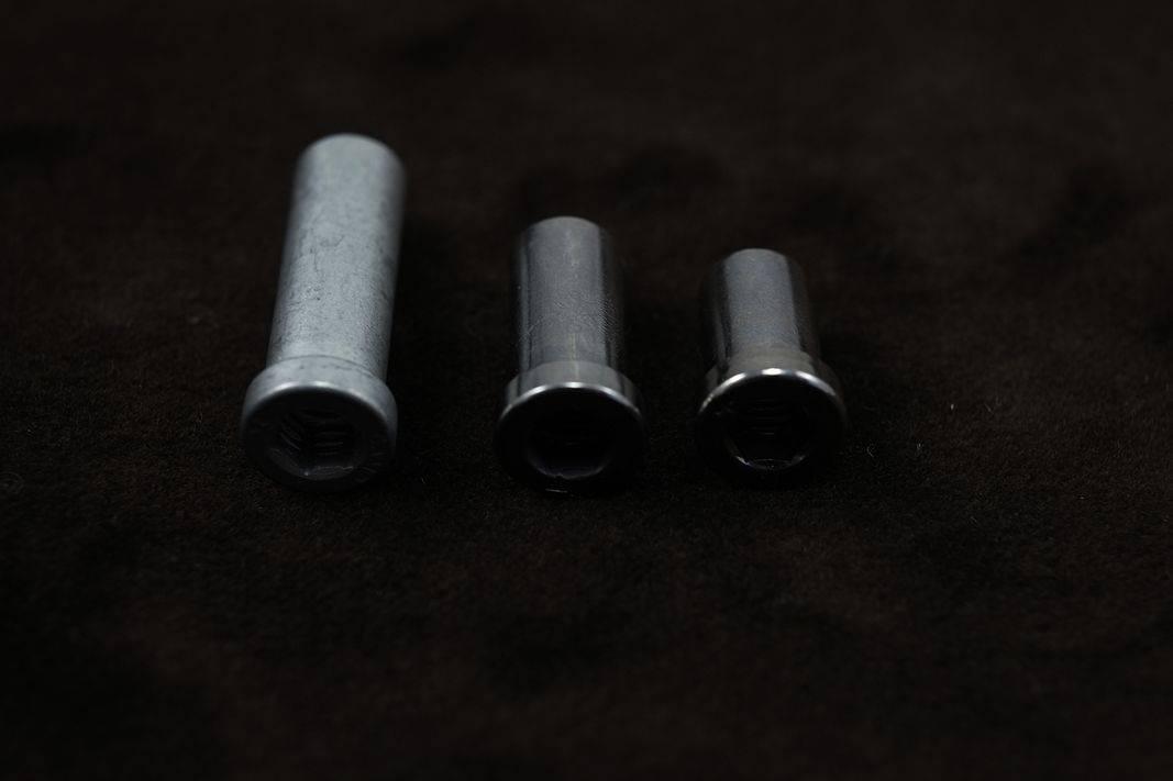 Hülsenmuttern für Bremsbolzen in 10 + 12 + 16 + 18 + 24 + 32 mm