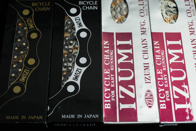 Izumi Jet Black Black/Silver 1/2 x 1/8 x 116 Hochwertige Kette für Fixed-Gear und BMX Räder
