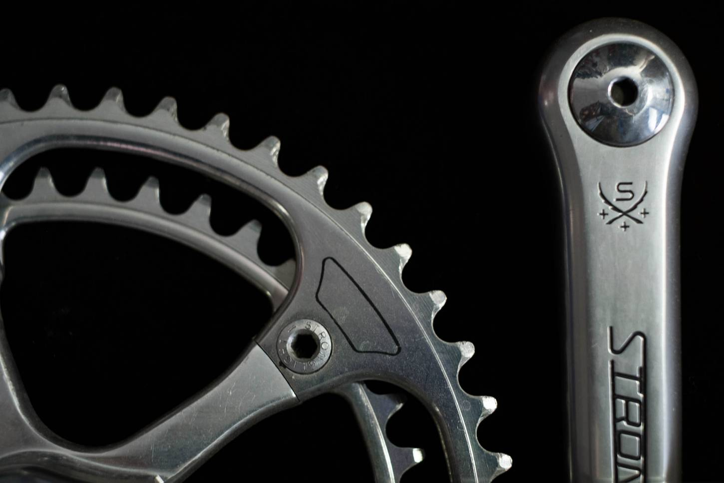 Stronglight 107 crank set 172,5 mm 2-speed with chainrings 50/41 teeth bolt circle 144 mm crankset