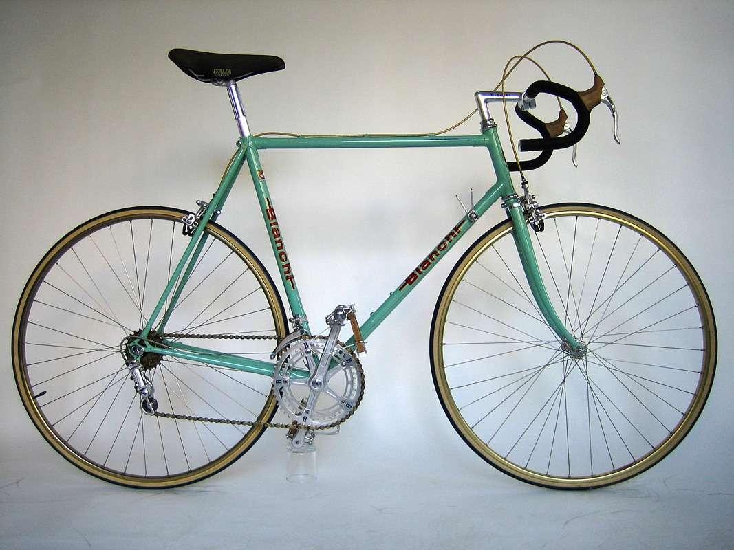 Bianchi_Campione_del_Mondo_Rennrad_Classic_Bike_01