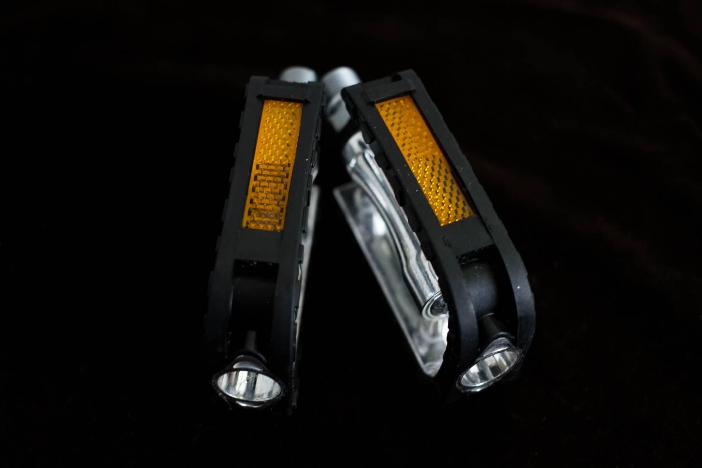 Wellgo Pedals C-32B Non Slip Trekking MTB Bike Pedals Aluminium Industrial Bearings
