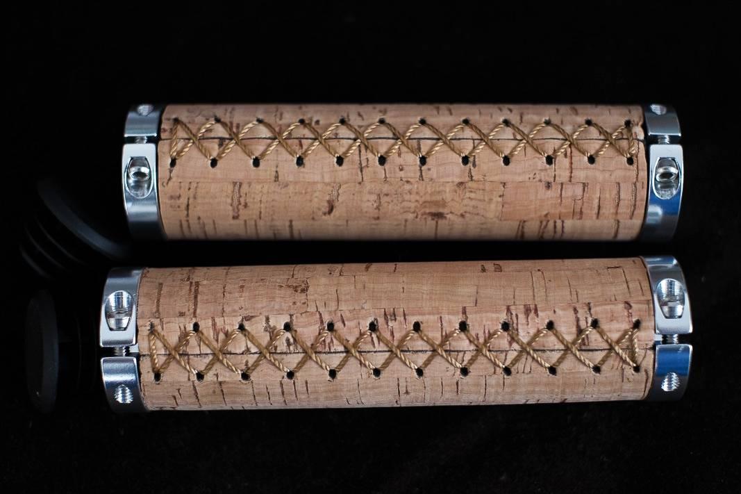 """Pair of cork handlebar grips / clip-on grips - screwable """"beige"""" for handlebars 22,2 mm"""