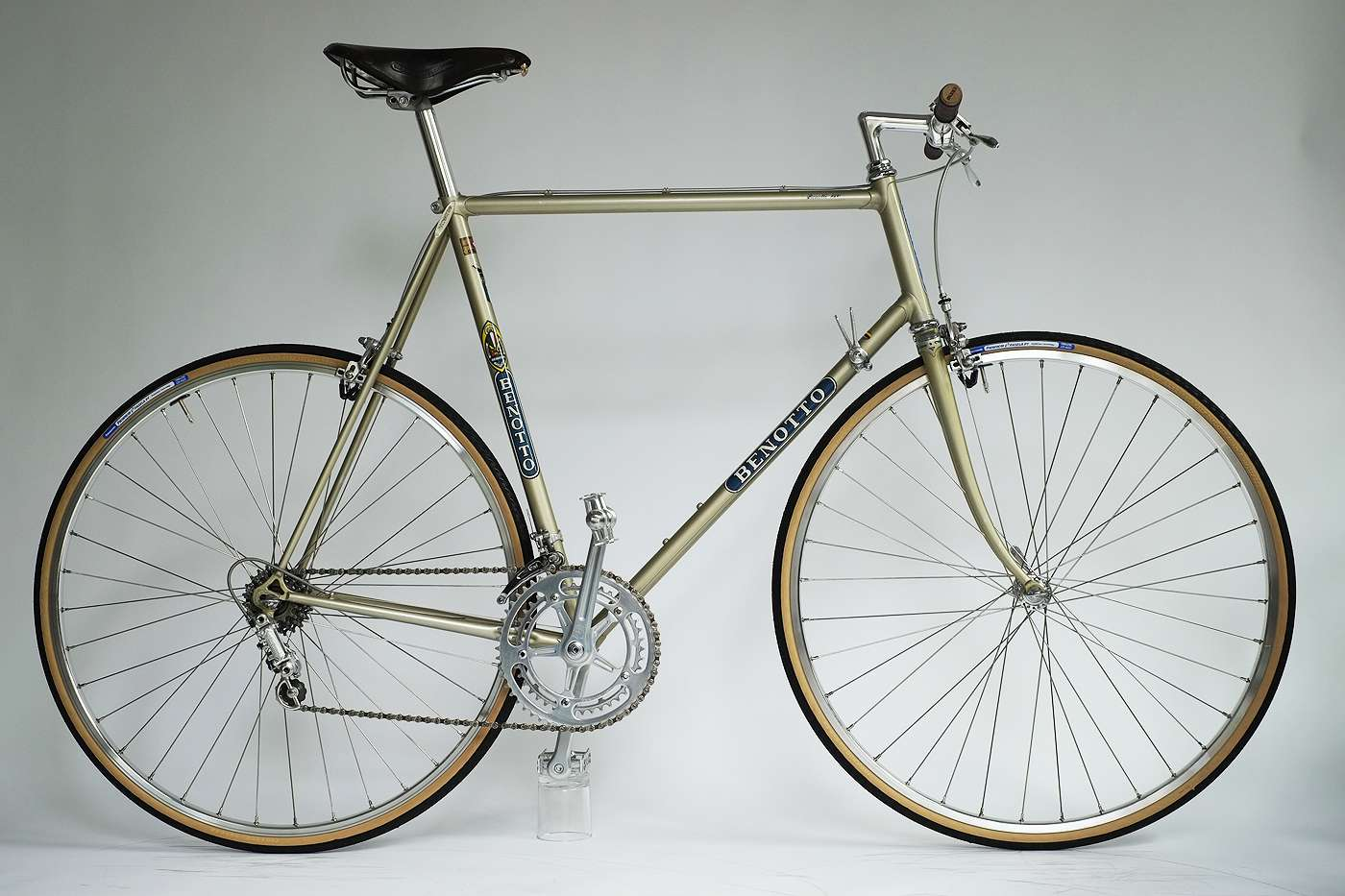 Benotto_1500_Rennrad_Classic_Road_Bike_01
