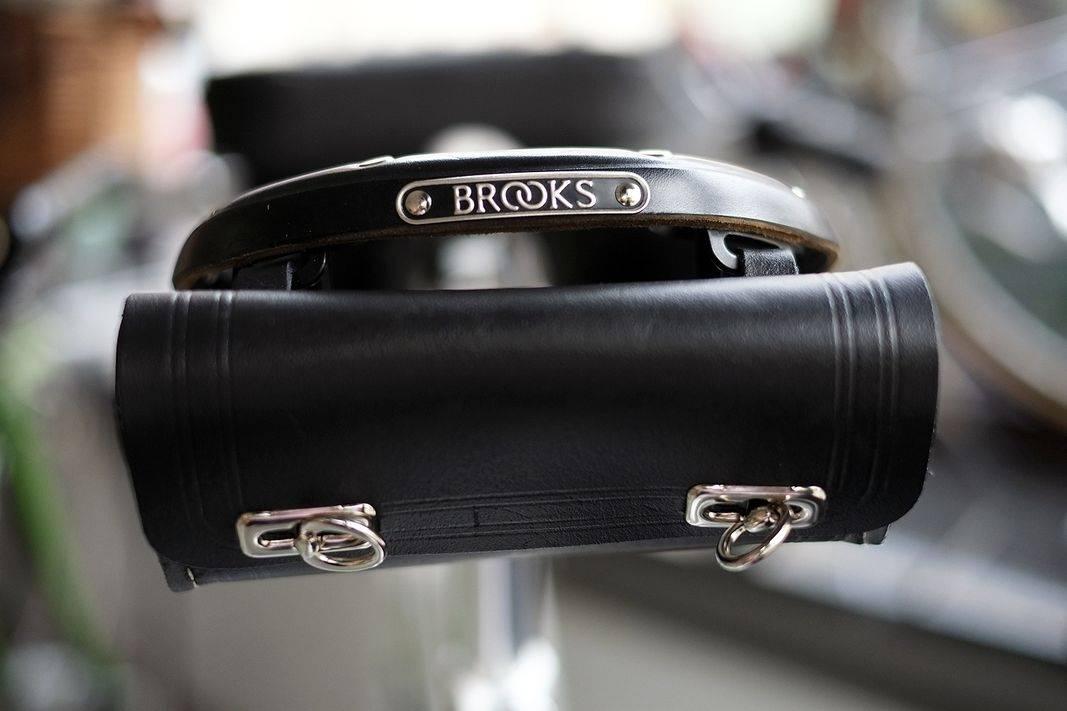 Retro Satteltasche Anhängetasche aus Leder - große eckige Form