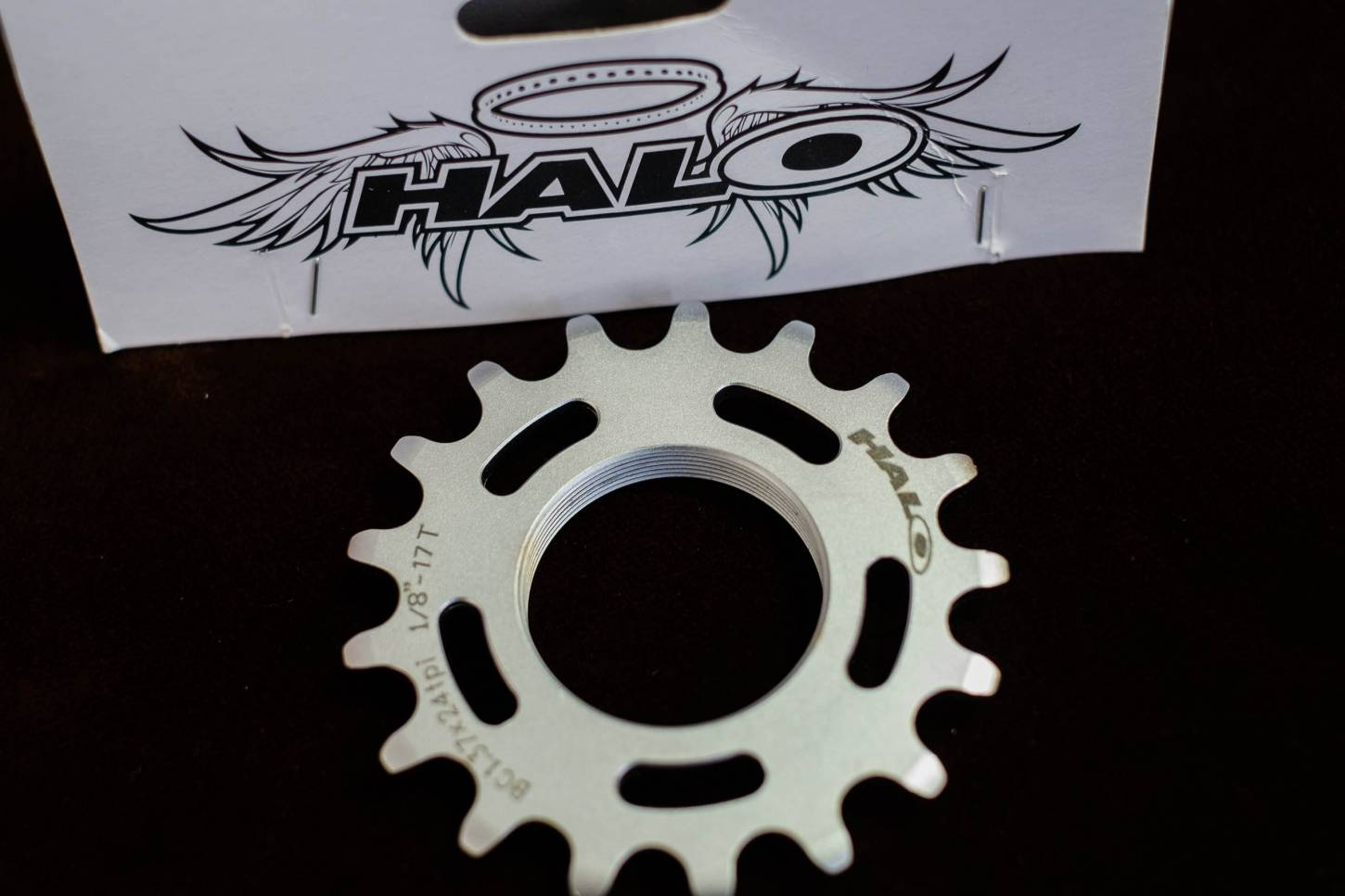 "Halo Track Fixie CNC Track Cog 1/8"" CNC 13bis 20Z Cr-Mo 1.37""x 24T"