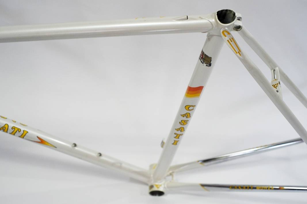 "80's Casati ""Monza"" noble frame in pearl white with lots of chrome in size 57 cm"