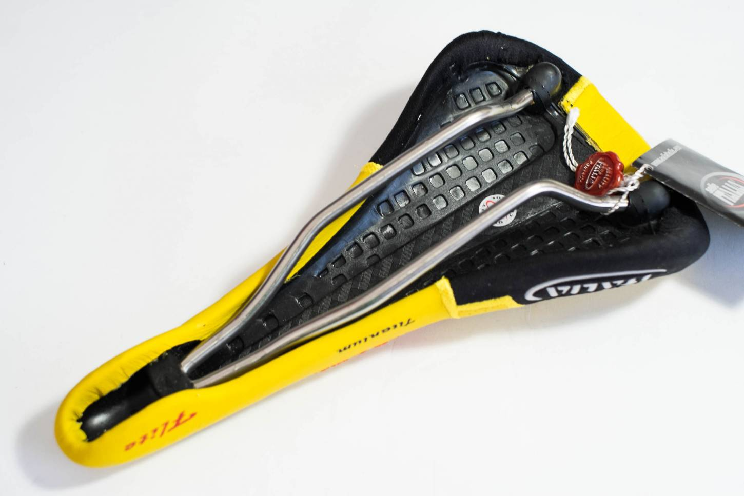 NOS Selle Italia Flite Titanium Sattel yellow / black Double Gel Saddle leather Vintage Road Bike